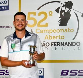 Andrey Xavier, campeao do 52 Sao Fernando Open 2021 65p